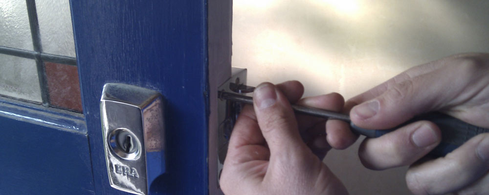 Locksmith in Crosby
